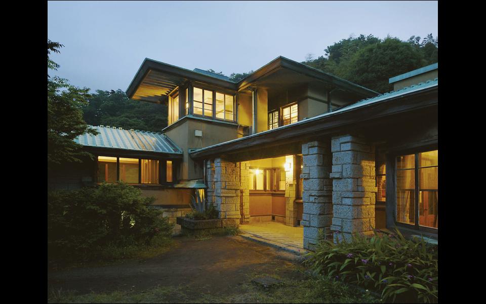 葉山の住宅遺産でホセイン・ゴルバが「時間の彫刻」を展示